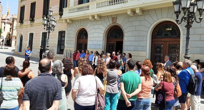 Sabadell s'adhereix a la concentració silenciosa convocada per l'Ajuntament de Terrassa per condemnar l'assassinat  d´una veïna d'aquest municipi, presumptament a mans de la seva parella