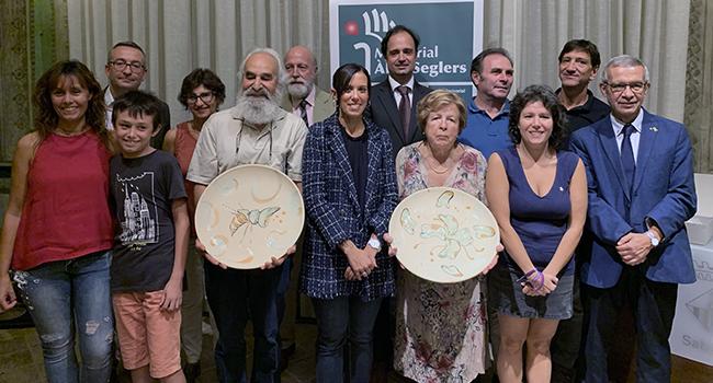 Maria Teresa Relat Tarrats i la Fundació Ateneu Sant Roc de Badalona reben els premis Memorial Àlex Seglers 2019