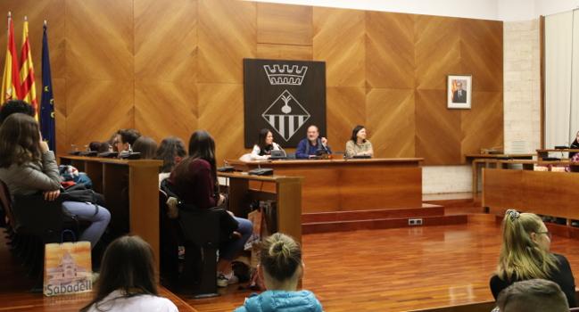 """Estudiants de tres països d'Europa visiten Sabadell en el marc de l'Erasmus+ """"SUSDI: Dietes sostenibles"""""""