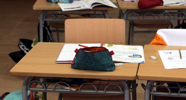 L'Ajuntament destina 440.000 euros a les beques per a llibres i material escolar del proper curs