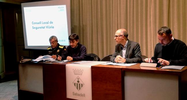 Entitats, cossos i administració treballaran junts en el desplegament del Pla Local de Seguretat Viària