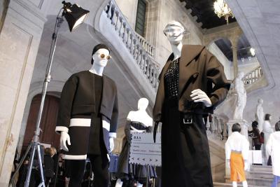L'Escola Illa torna a mostrar la creativitat i el talent dels alumnes de moda al 080 Barcelona Fashion
