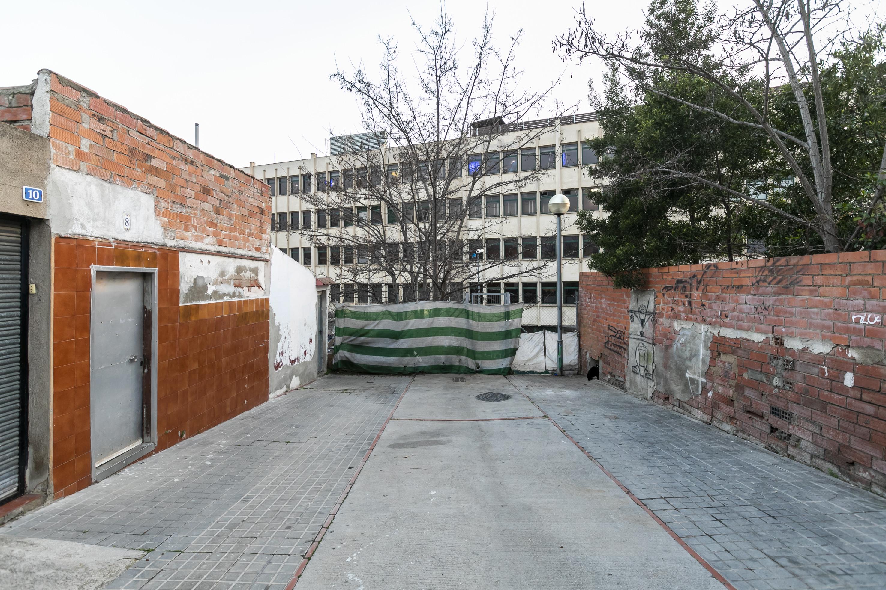 Comença la construcció d'unes escales que connectaran el carrer de Góngora amb la carretera de Terrassa