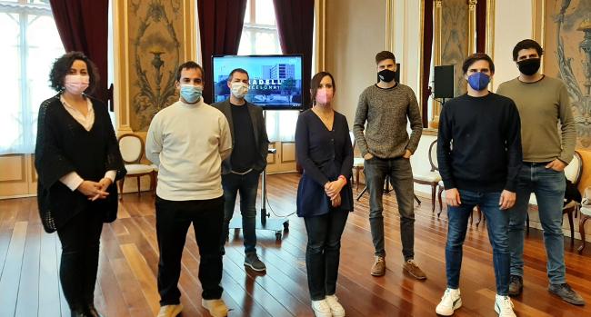 """Trobada amb els responsables sabadellencs de la sèrie documental """"Vitals"""""""