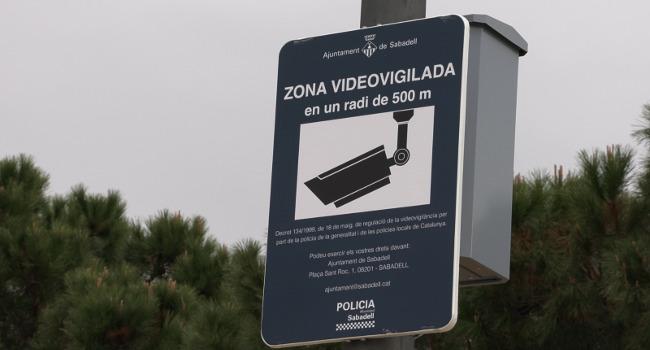 La seguretat es reforça a la zona del sud amb la instal·lació de càmeres de seguretat a l'espai públic