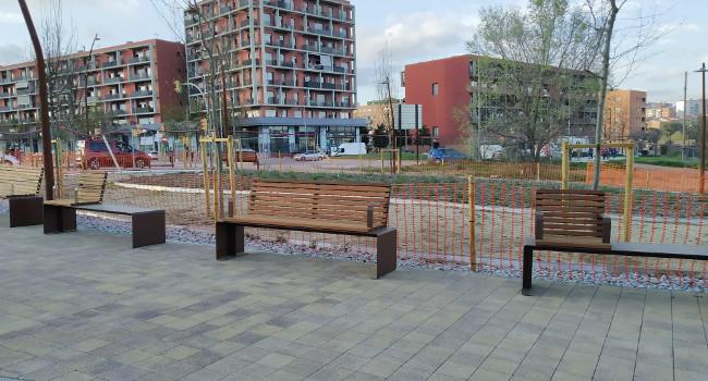 L'Ajuntament aprova contractar el subministrament de nou mobiliari urbà