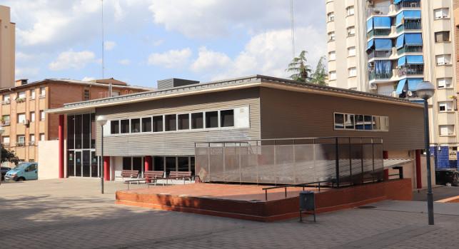 El Govern es compromet a treballar per obrir en horari de matí els centres cívics de Can Deu i de Can Llong - Castellarnau