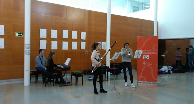 L'Escola de Música i Conservatori ofereix un concert obert a tothom al vestíbul de l'Hospital Taulí
