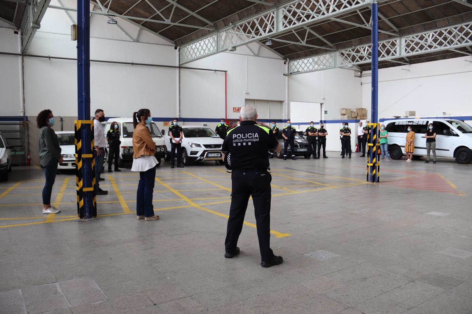 L'alcaldessa trasllada als membres de la Policia Municipal el reconeixement a la feina com a servei essencial davant la Covid-19