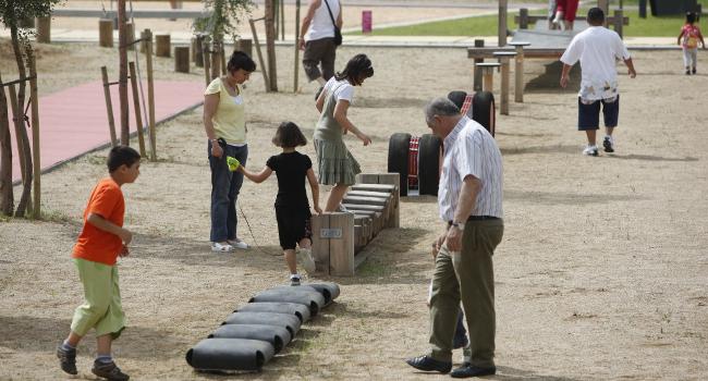 La població de Sabadell valora amb una mitjana de 7,5 el grau de satisfacció amb què percep la seva vida