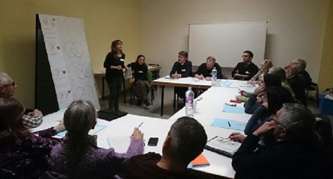 Prop de quaranta entitats participen en una sessió de treball per definir com serà la futura Oficina d'Entitats de Sabadell
