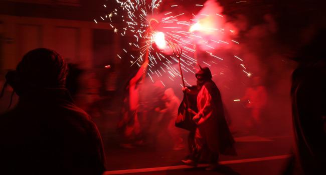 Sabadell posa en marxa diferents festes de barri, amb espectacles en espais tancats i aforaments controlats