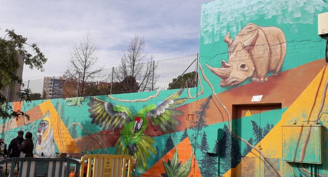 Sabadell estrena un nou mural urbà al carrer de l'Himàlaia en el marc del projecte Pintem de Drets Sabadell