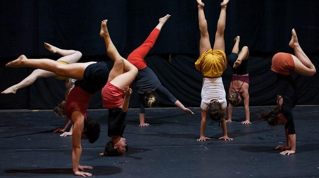 Un espectacle de circ que desafia els rols de gènere per celebrar el Dia Internacional de les Dones, a Ca l'Estruch