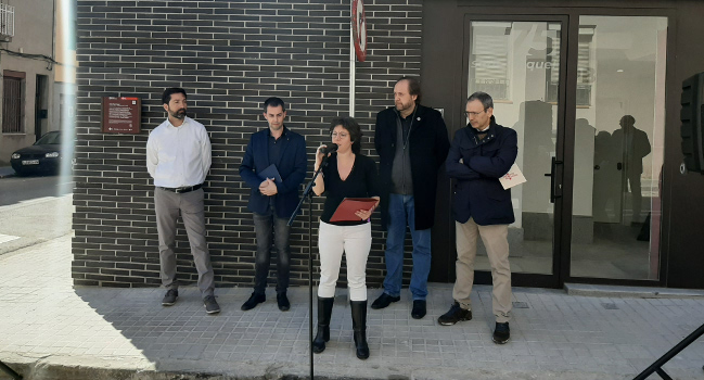 Sabadell incorpora un nou espai de memòria: la placa pintada de Josep Miquel, del 1937
