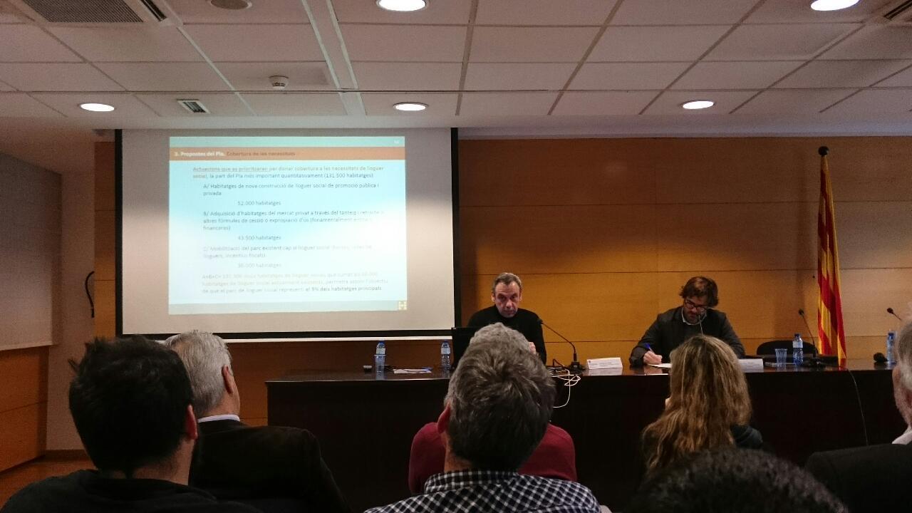 """L'Ajuntament exigeix """"més valentia"""" per augmentar el parc d'habitatge, de lloguer i de promoció pública, a Catalunya"""