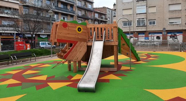 Acabades les obres de millora a 152 àrees de jocs infantils de tots els districtes de Sabadell