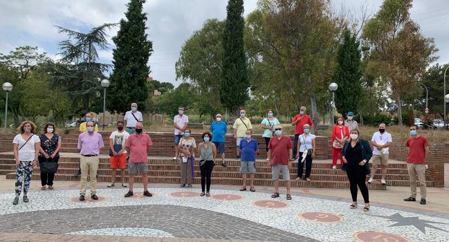 """El projecte """"A-porta"""" es desplega al barri de Can Puiggener de Sabadell per detectar casos de vulnerabilitat, acompanyar i assessorar el veïnat"""