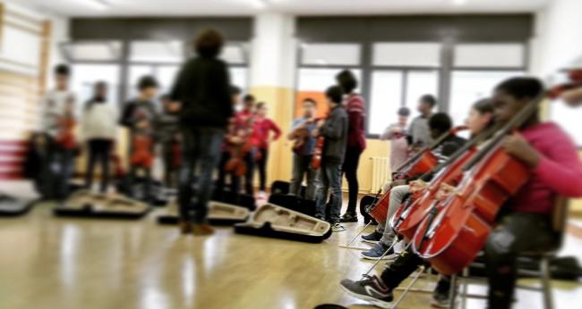 Més de 140 alumnes de les orquestres A-cordant actuaran demà a la plaça de Sant Roc per mostrar la feina feta aquest curs