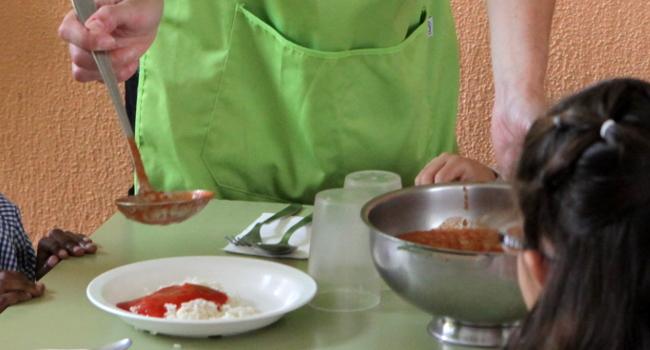 L'Ajuntament ha augmentat un 73% el pressupost per a ajuts de menjador escolar durant aquest mandat