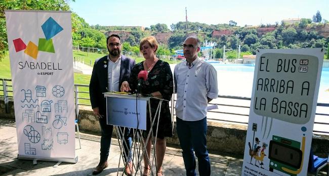 El bus baixa a l'anella esportiva de Sant Oleguer i la Bassa incorpora nous tobogans i venda d'entrades per internet