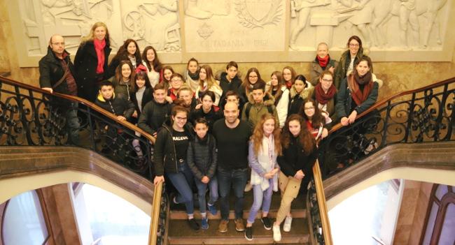 Rebuda a alumnat del Collège Eugène Le Roy, de Bergerac, en el marc d'un intercanvi amb l'Institut Pau Vila