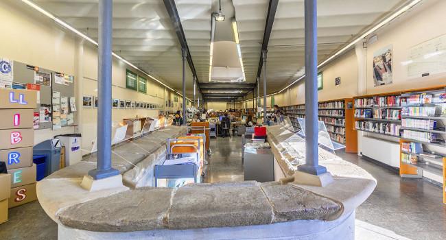 La Biblioteca dels Safareigs tanca per Nadal per treballs de pintura i manteniment