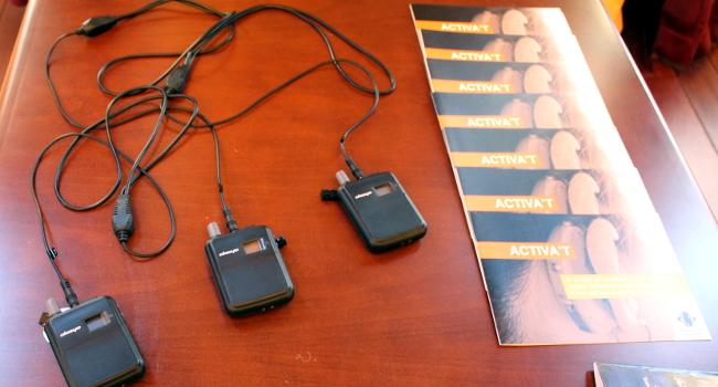 Nou sistema de comunicació per a persones amb discapacitat auditiva, als teatres La Faràndula i Principal