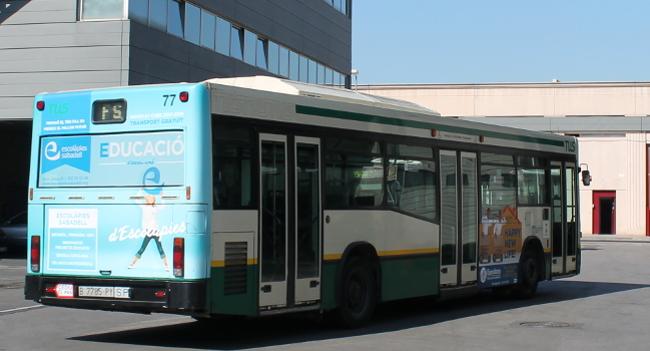 Sabadell renova la flota d'autobusos amb 14 vehicles híbrids, més sostenibles i menys contaminants