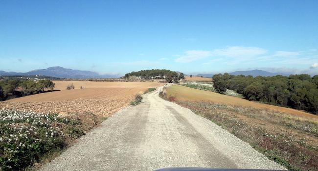 Acabades les obres de millora i condicionament del camí vell de Polinyà i del camí de la Serra Barona al seu pas per Sabadell