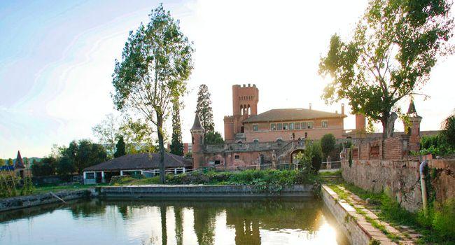 El Castell de Can Feu i la zona verda que l'envolta són definitivament de propietat municipal