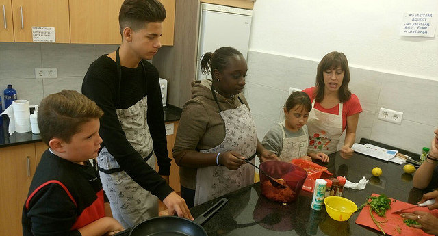 Tallers per promoure l'alimentació saludable entre els adolescents