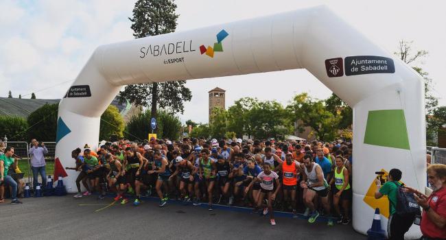 José Manuel Vieito i Clàudia Montagut, guanyadors de la Mitja Marató de Sabadell