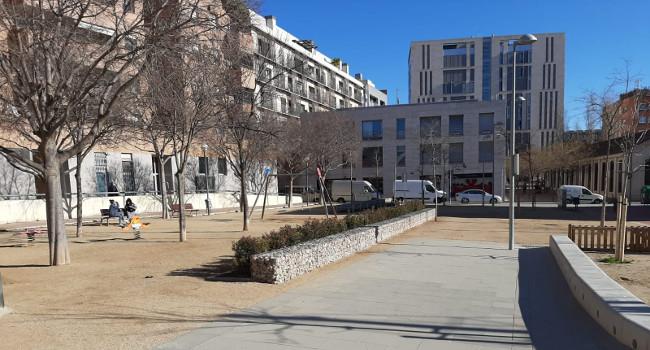 Les obres per renovar i millorar la plaça de Dolors Miralles ja s'han acabat