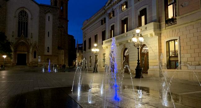 Tres fonts de Sabadell s'il·luminen avui de color blau amb motiu del Dia Mundial de la Diabetis