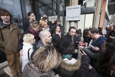 Alcaldes i regidors del Vallès Occidental presenten un manifest a favor de l'ensenyament públic