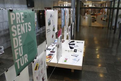 """L'Escola Illa presenta l'exposició """"Presents del futur. Qüestions de disseny gràfic"""", amb treballs i projectes d'alumnes del cicle formatiu de Gràfica Publicitària"""