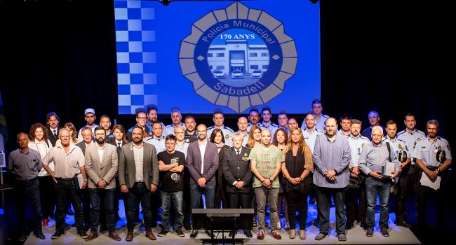 La Festa de la Policia atorgarà reconeixements per accions d'ajuda, solidaritat i altruisme  a agents del cos i societat civil