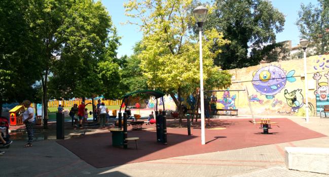 La plaça de Fidela Renom s'amplia amb terrenys adjacents i es renovarà totalment
