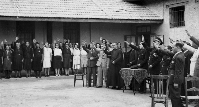 Una exposició sobre dones empresonades pel franquisme aterra al Casal Pere Quart