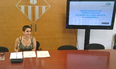 L'Ajuntament multarà els propietaris de pisos buits amb imports que poden sumar 18.000 euros