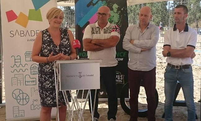 Sabadell estrena quatre pistes d'handbol platja a les instal·lacions de l'OAR Gràcia