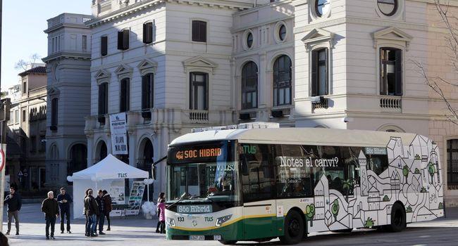 Sabadell estrena el primer autobús híbrid, més compromès amb el medi ambient