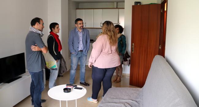 El projecte Housing First, per allotjar persones sense llar, disposa ja de quatre habitatges