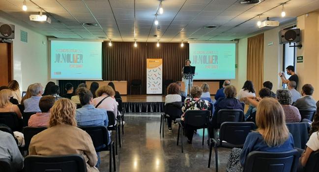 """El Concurs Literari Joan Oliver, """"Pere Quart"""" arriba a la 40ª edició, premiant escrits de nois i noies d'11 a 18 anys"""