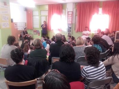 El programa Lecxit, per a la millora de la comprensió lectora de nens i nenes, inicia les trobades familiars