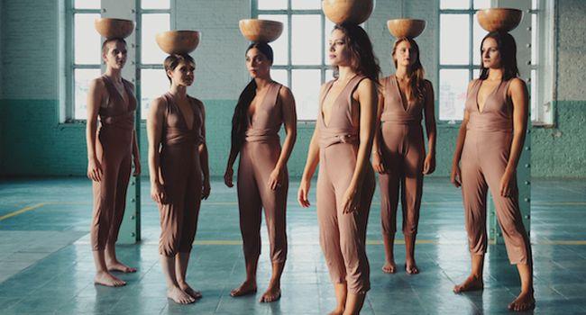 Dues coreografies mostren la dansa com a eina per a l'apoderament femení i el qüestionament de gènere, a Ca l'Estruch