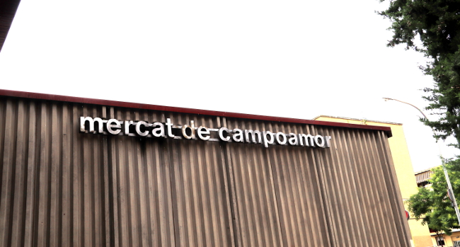 La taula d'entitats per definir un nou projecte pel mercat de Campoamor ja treballa en la proposta de futur de l'equipament