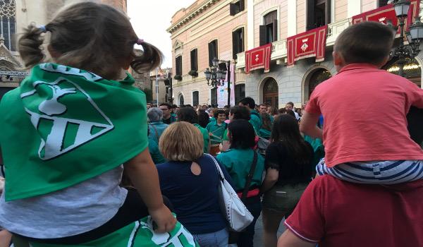 Per Festa Major, l'Ajuntament distribuirà 7.500 mocadors amb l'escut de Sabadell