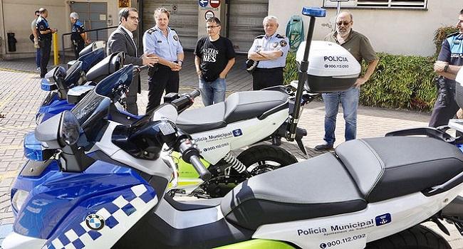La Policia Municipal rep 4 motocicletes elèctriques noves